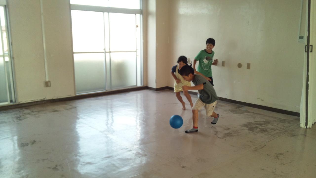 男女でサッカー